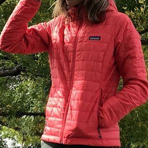Patagonia Women's Nano Puff Jacket Tomato XS